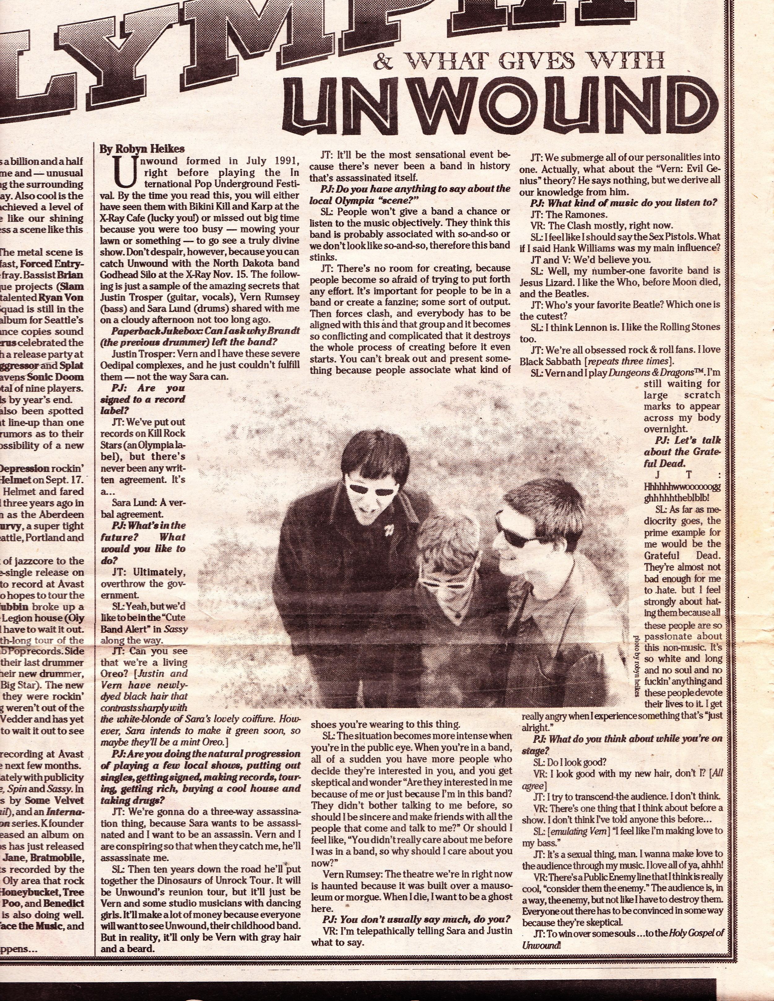 Paperback Jukebox Nov 1992. First interview with Sara as member.