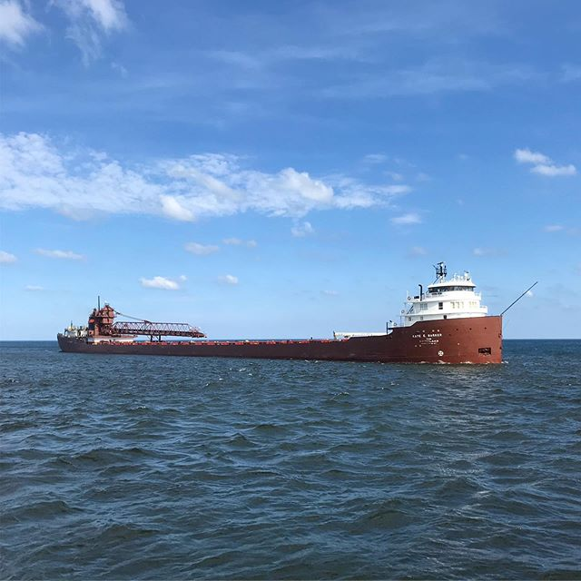 We got a great view of the Kaye E. Barker cruising into Milwaukee Harbor from Detroit. The Barker was built in 1952 and is a 750 foot long vessel, built at that dimension to specifically fit within the locks on the Great Lakes. . . . #mkeboat #vistaking #milwaukee #mkelove #greatlakes #milwaukeeboatline #mkeboatline #lakemichigan