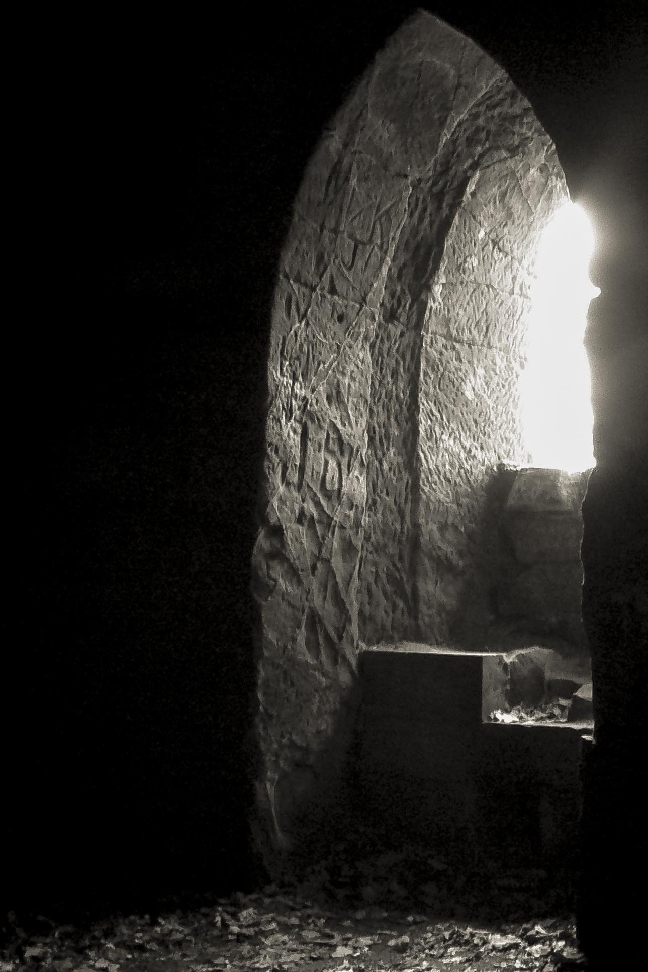 Cumbrian Cave_002.jpg