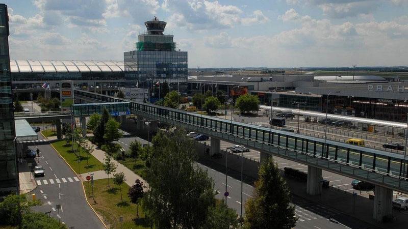 prague-airport-1.jpg