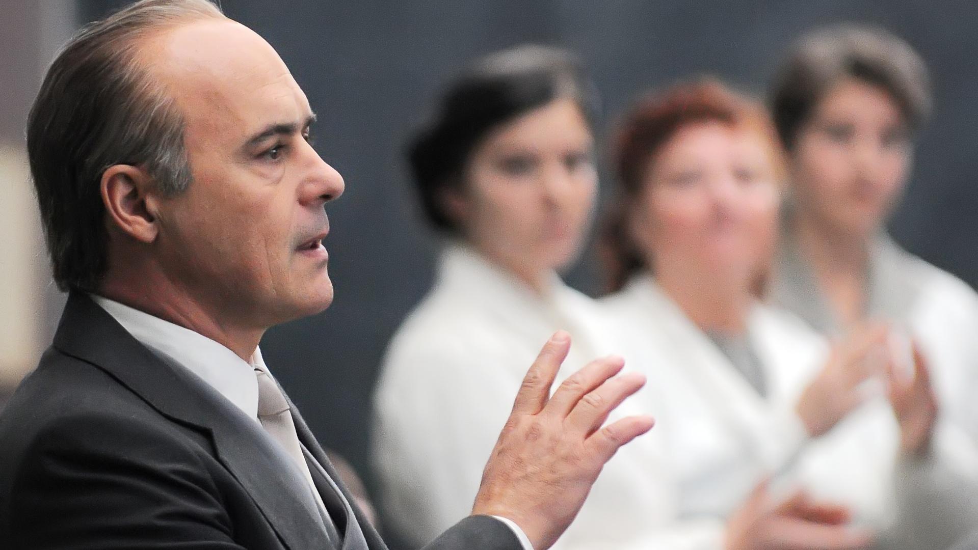 Olivetti (2012) 8.jpg