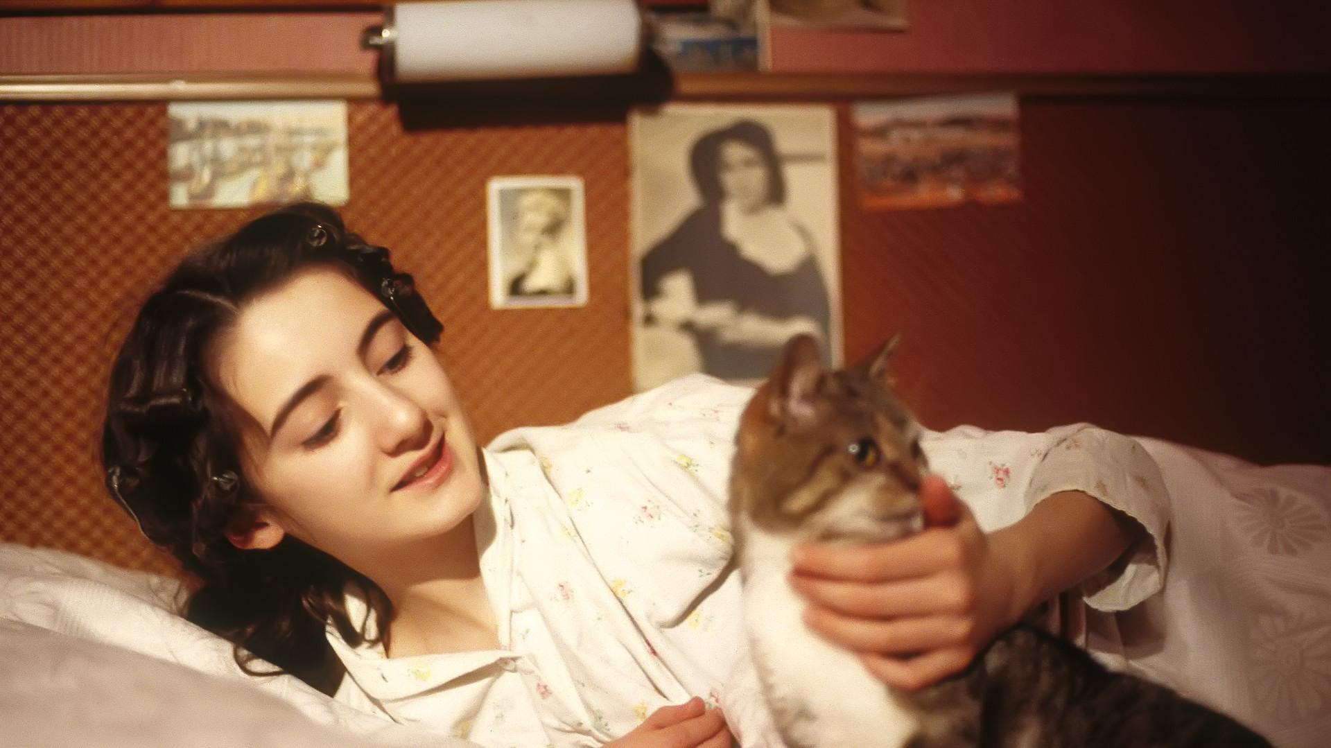 Anne-Frank-04.jpg