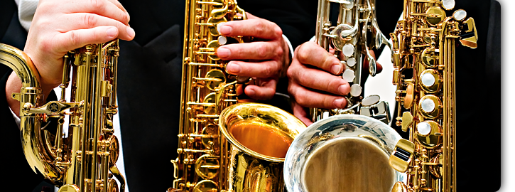 banner_saxes.png