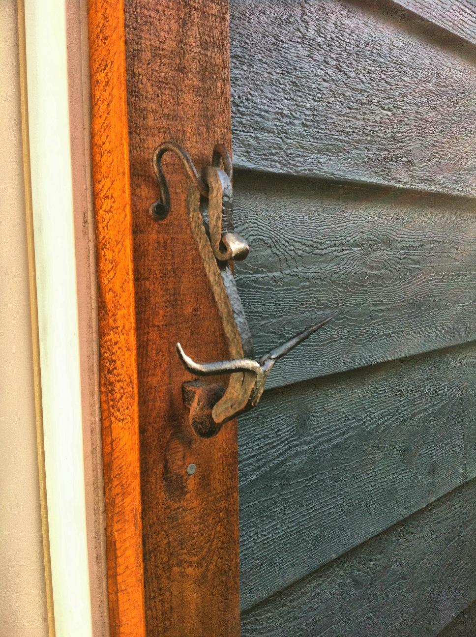 doorknockerlonghorn1.jpg