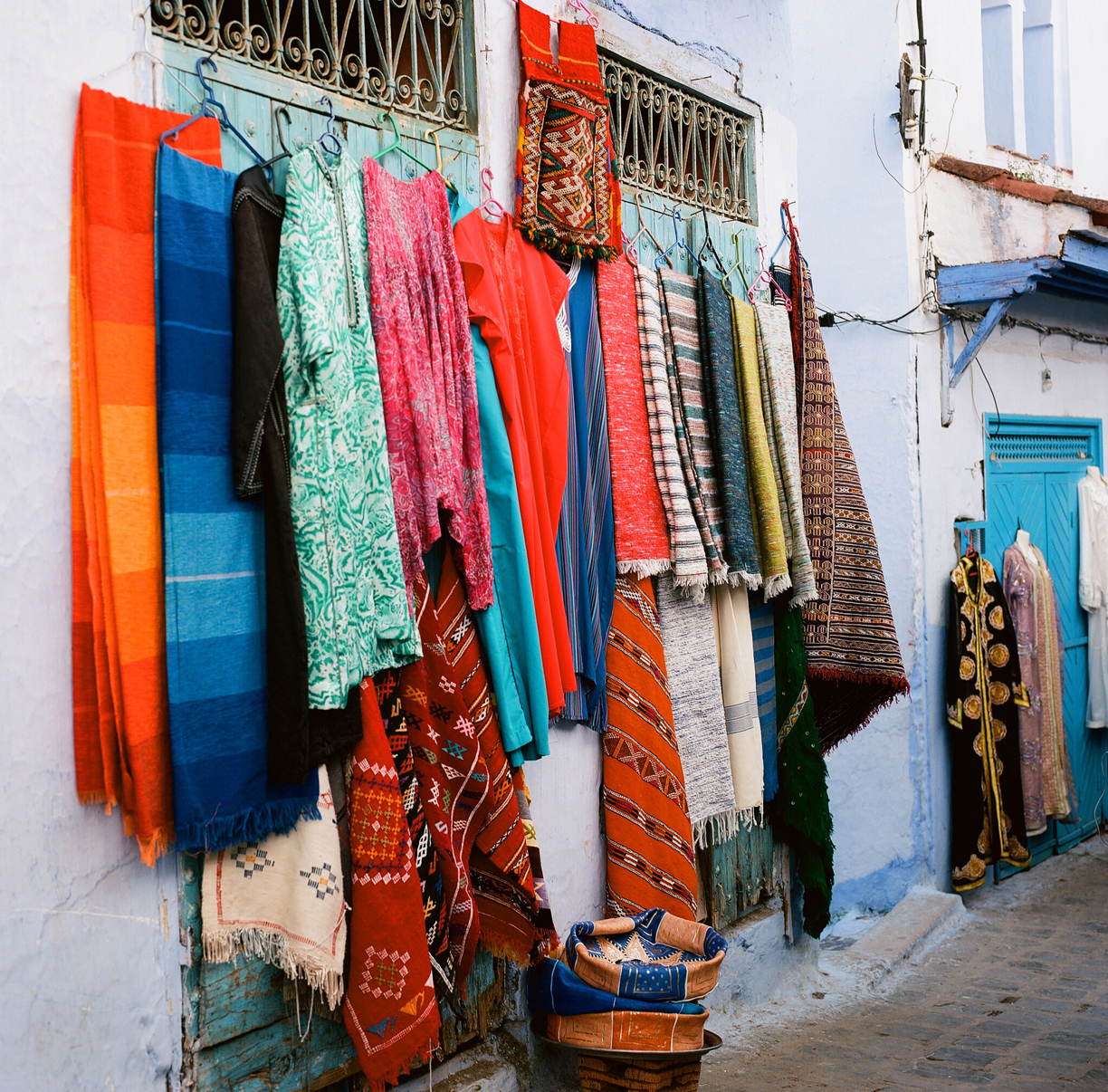 Rugs on Medina Wall_Chefchaouen_web.jpg