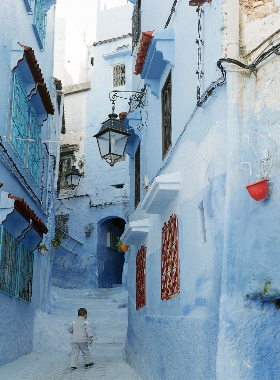 Child Walking Home in Medina_Chegchaouen_web.jpg