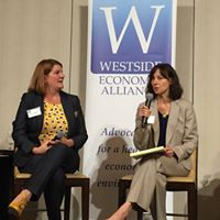 Mariia Zimmerm and Lorelei-Juntunen of ECO Northwest discuss intersection of housing and transportation at the WEA 2018 Fall Forum (Source: WEA)
