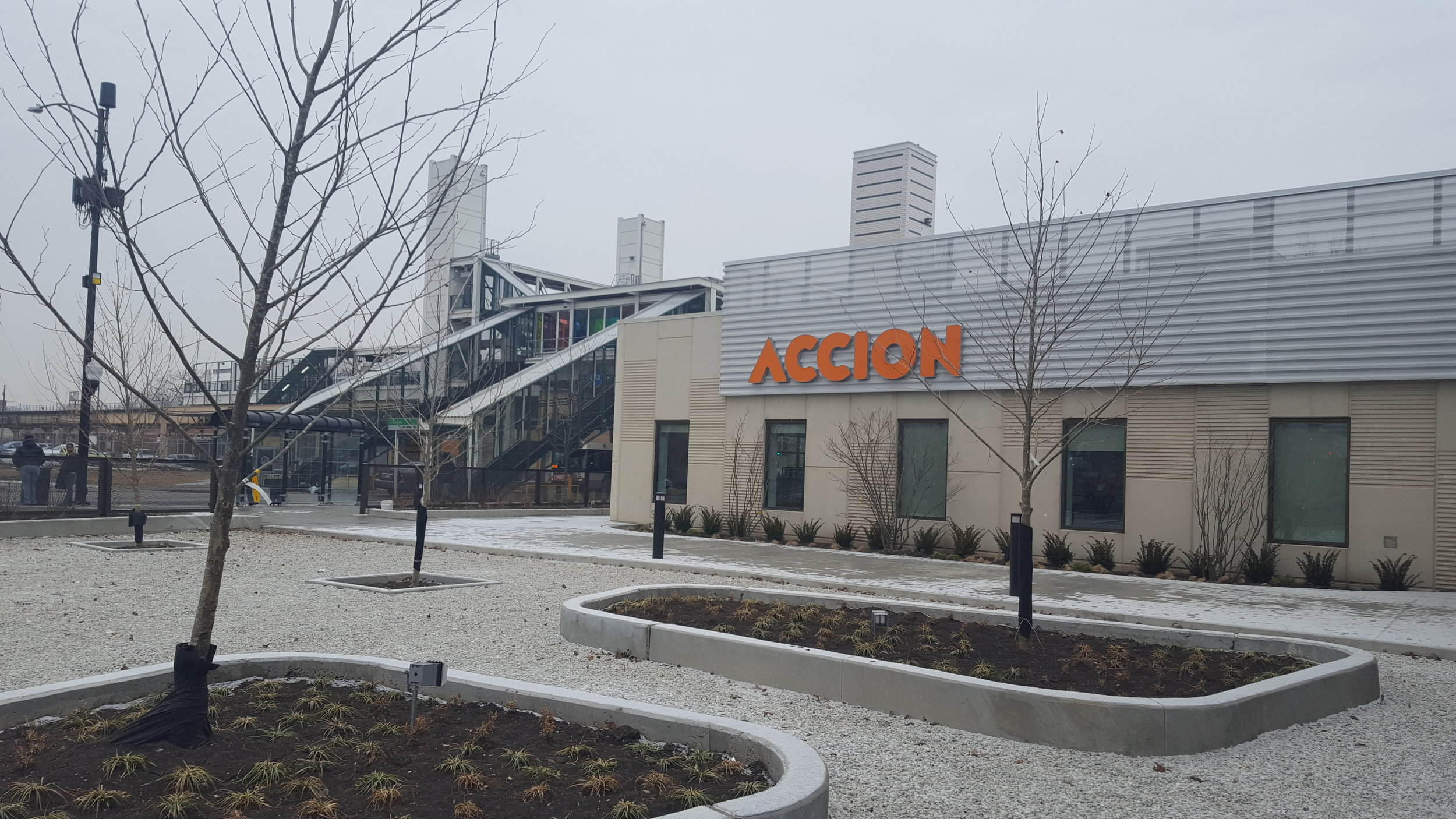 It may not look like much on a cold March morning, but The Hatchery in Chicago's Garfield Park neighborhood is an amazing effort by community and corporate partners to create a TOD that includes an urban farmer's market, local business entrepreunership opportunities in the food and beverage industries, and neighborhood economic development. https://thehatcherychicago.org/ (Photo: MZimmerman)