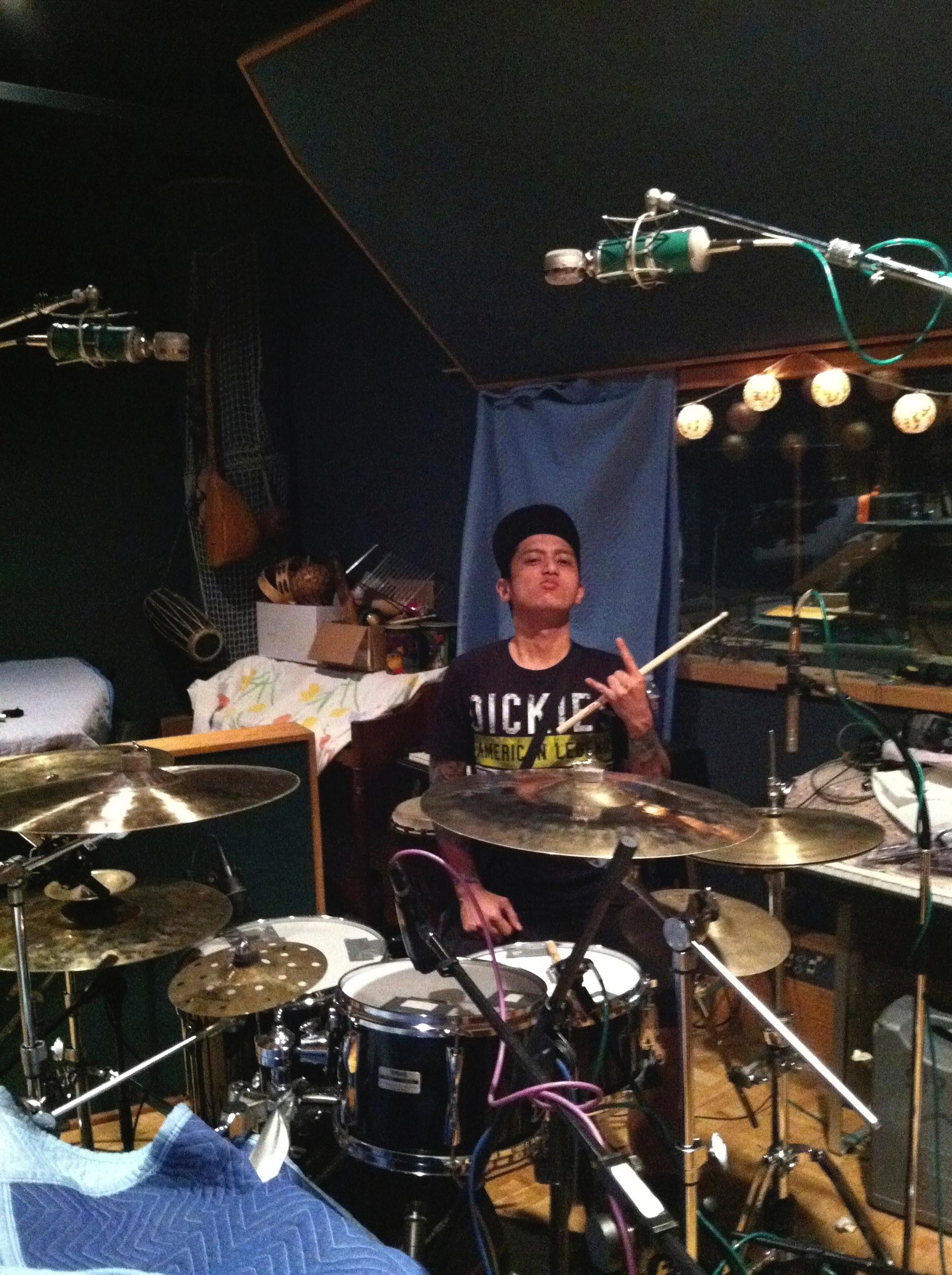 Slapshock's drummer Chi Avora behind the kit