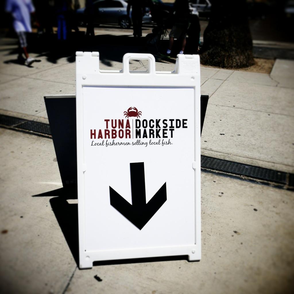 2014-08-16 THDM-sidewalk sign!.jpg
