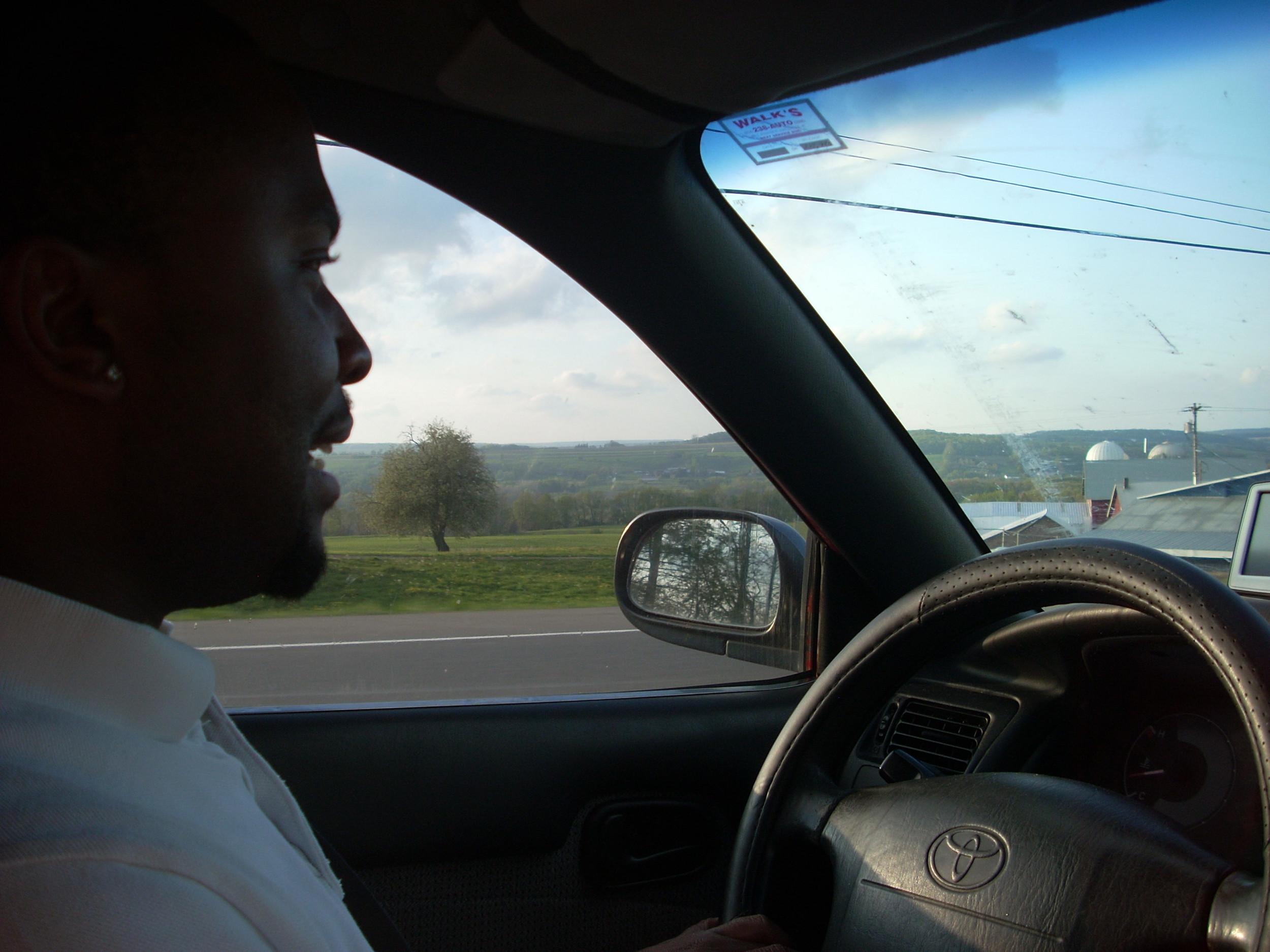 Man Behind the Wheels 00.JPG