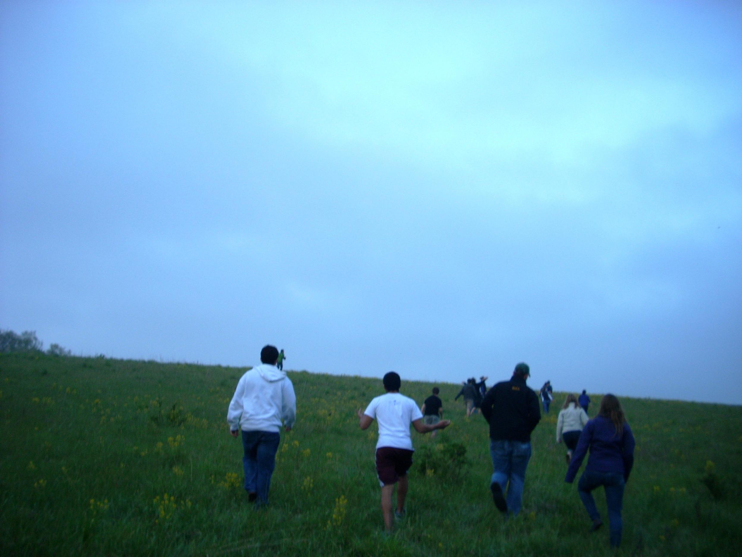 Walk up the Hill 02.JPG