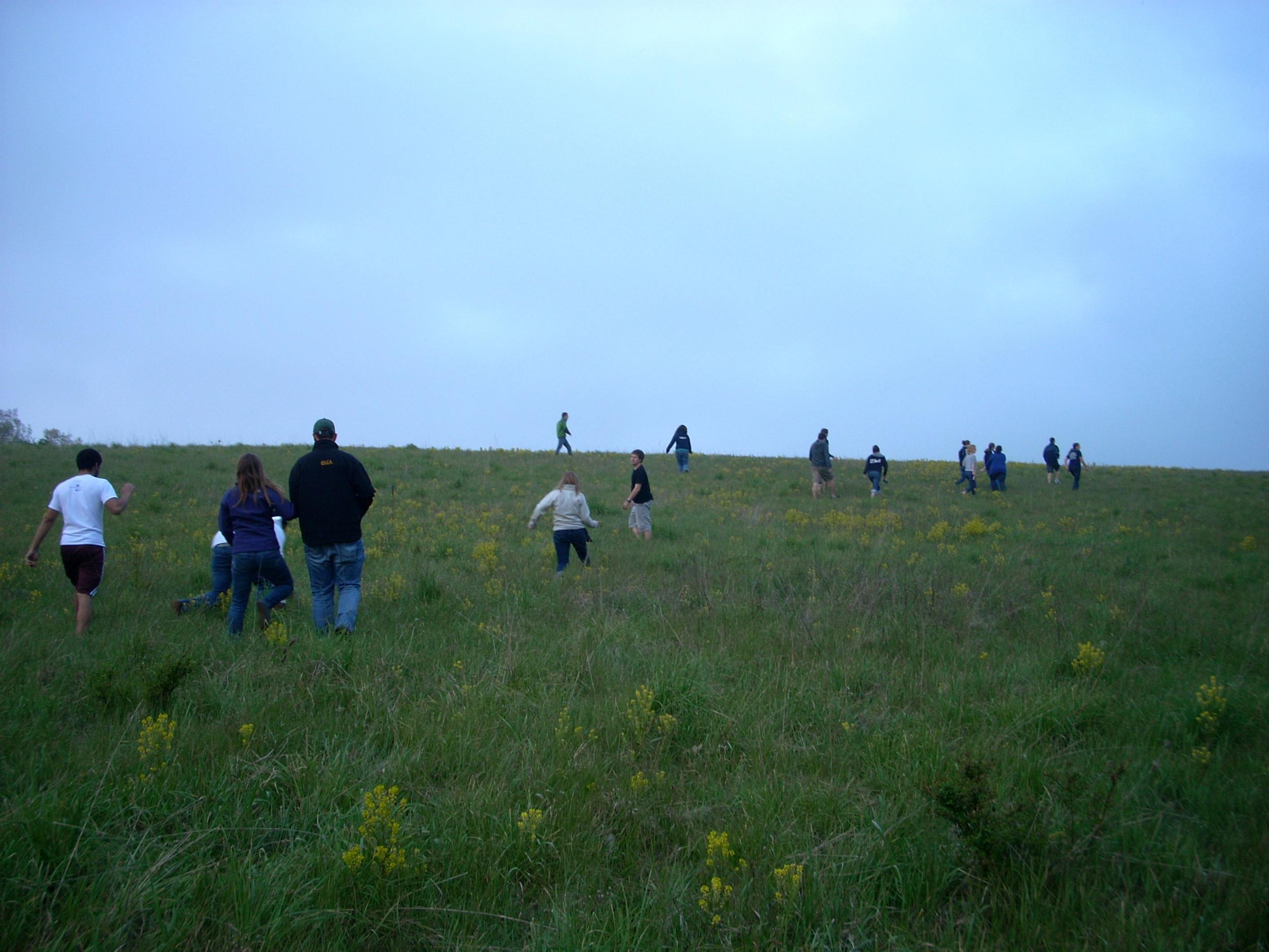 Walk up the Hill 03.JPG