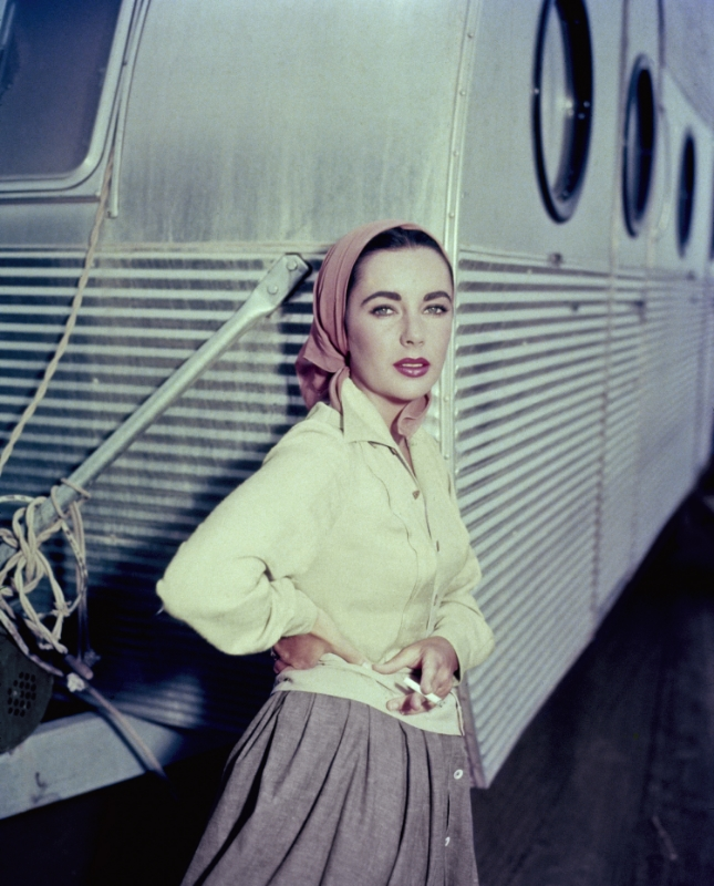 GettyImages_airstream 16x20.jpg