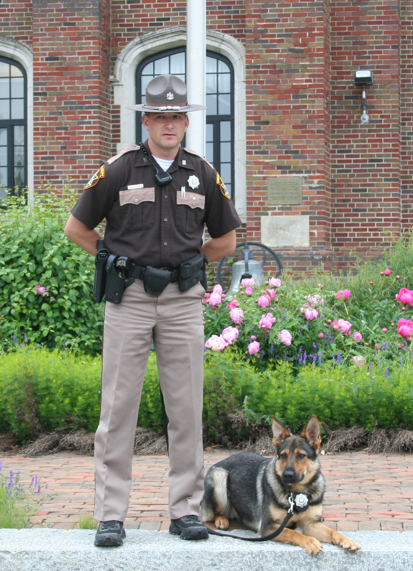 "bbie Von Woden was sold to the Franklin County Sheriff's Department and is now a certified Patrol K9 and Narcotic Detection K9.  She is doing very well with her handler, Deputy Chris Chase.      ""Abbie is exactly what I wanted.  Thank you.""     Deputy Chris Chase, Franklin County Sheriff's Department"
