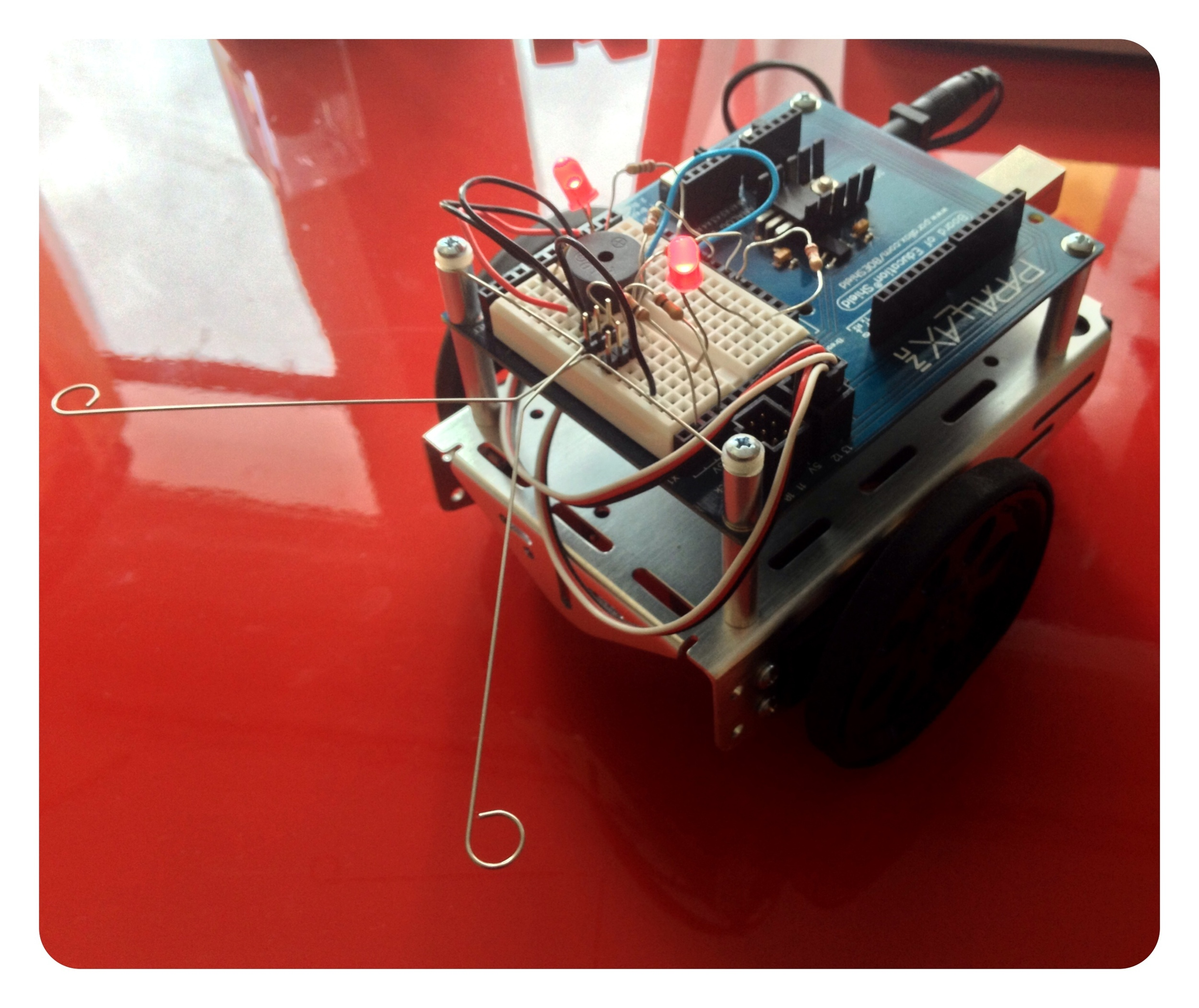 Parallax Inc. BOEBot with Arduino