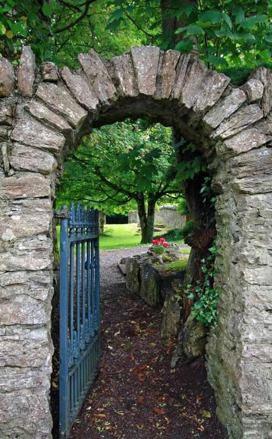 contextual-conceptual-therapy-ireland-stone-arch-centre.jpg