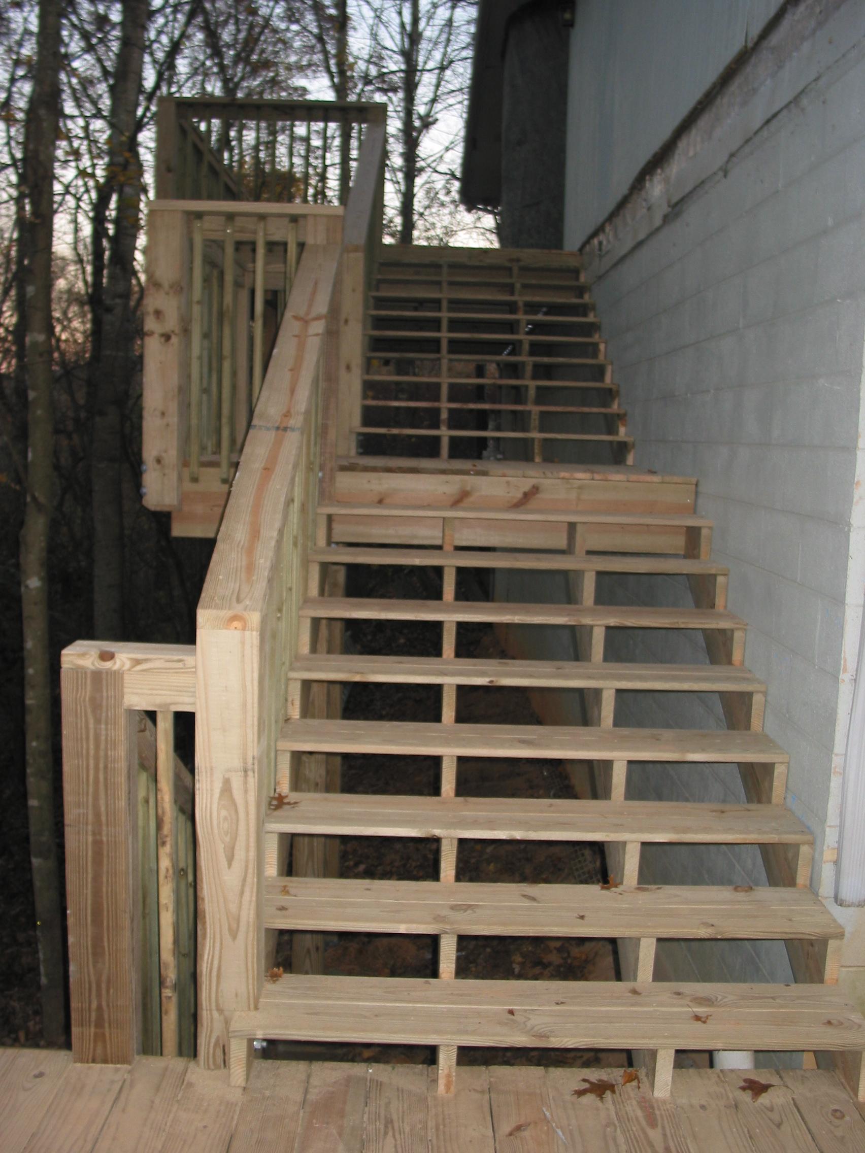 Olson Residence, Detail of multi-level stairway.