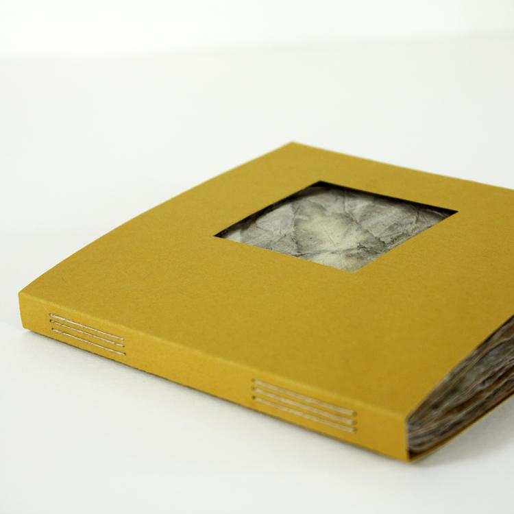 book_traces_II_3.jpg