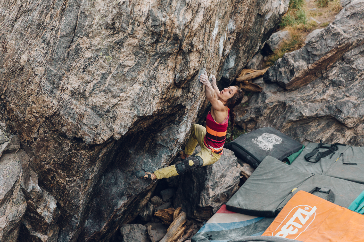 Alex Puccio, PETZL and Scarpa athlete,sending a v13 just twelve weeks out of surgery for her ACL & MCL. Photo by Michael Lim Photography.