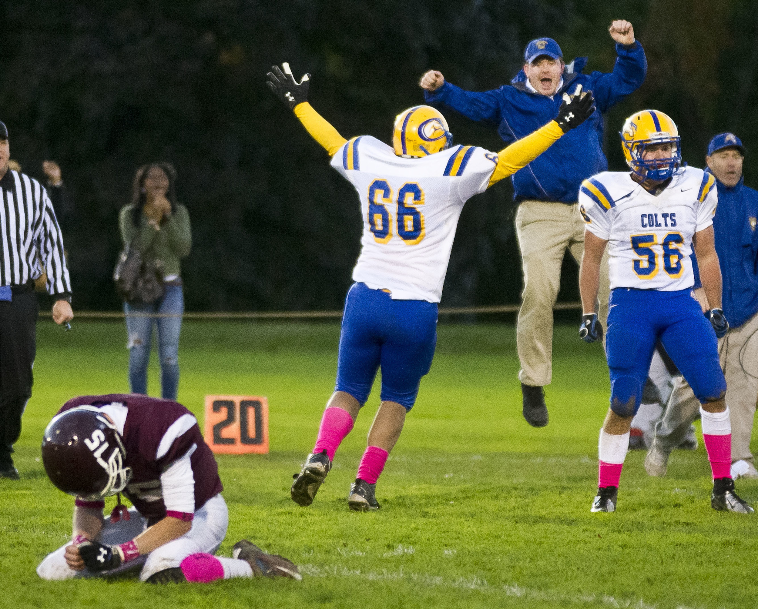 The Chicopee Comprehensive Colts prevailed 16-14 over the Amherst Hurricanes in Amherst, Massachusetts.