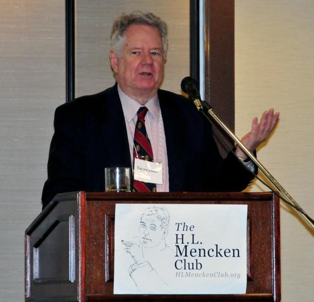 bob_weissberg_at_podium_iv_med.jpeg