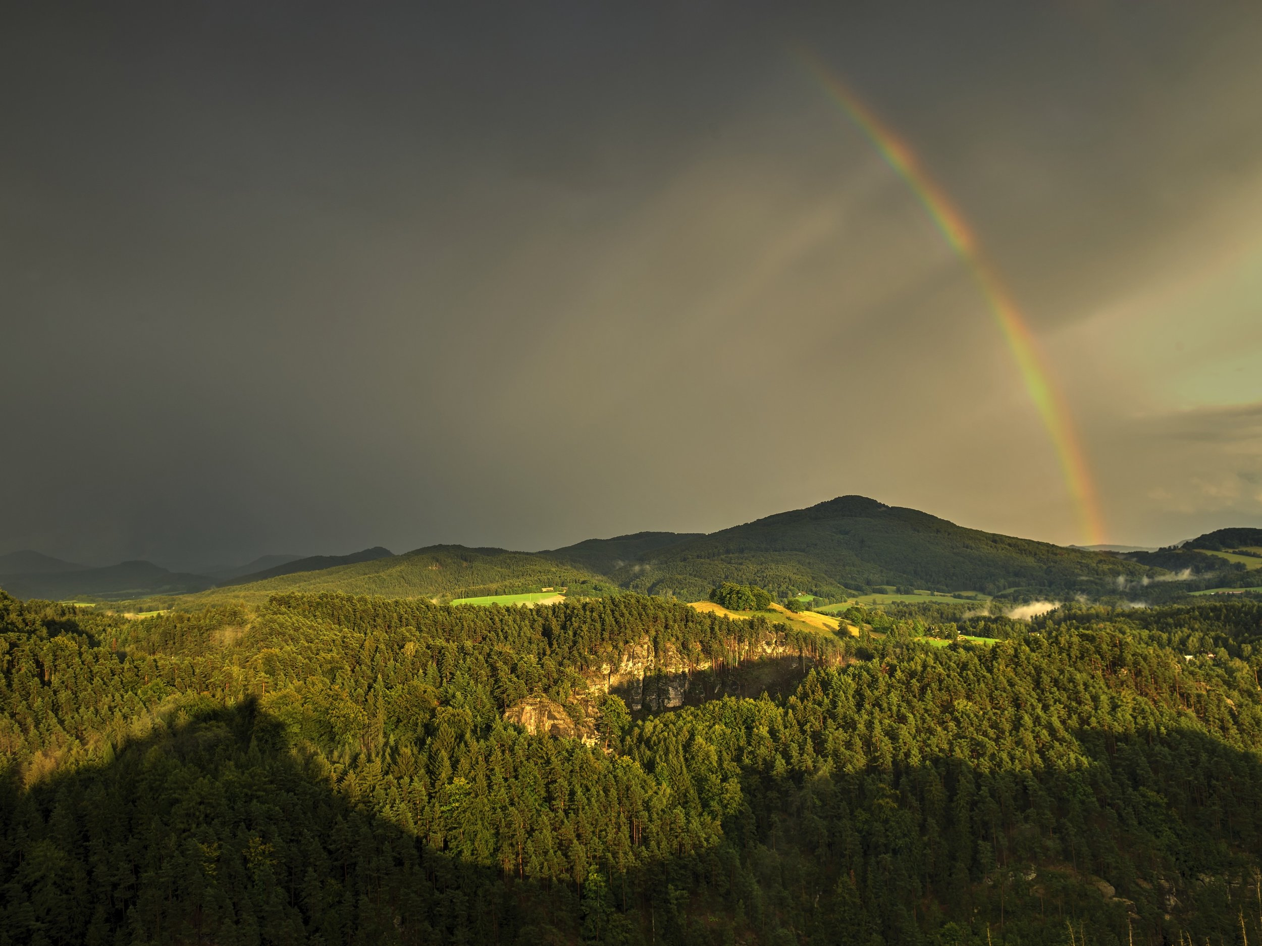 rainbow-ipad.jpg