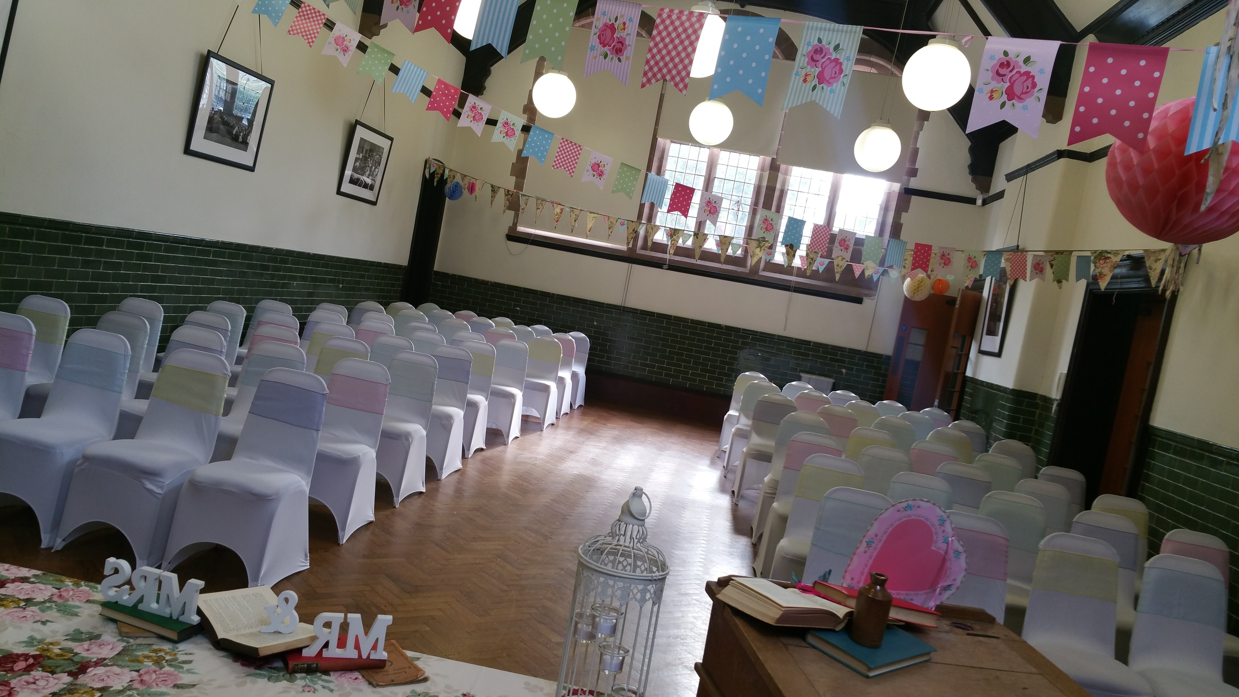 The Lyceum in Port Sunlight provides the perfect canvas for this look!