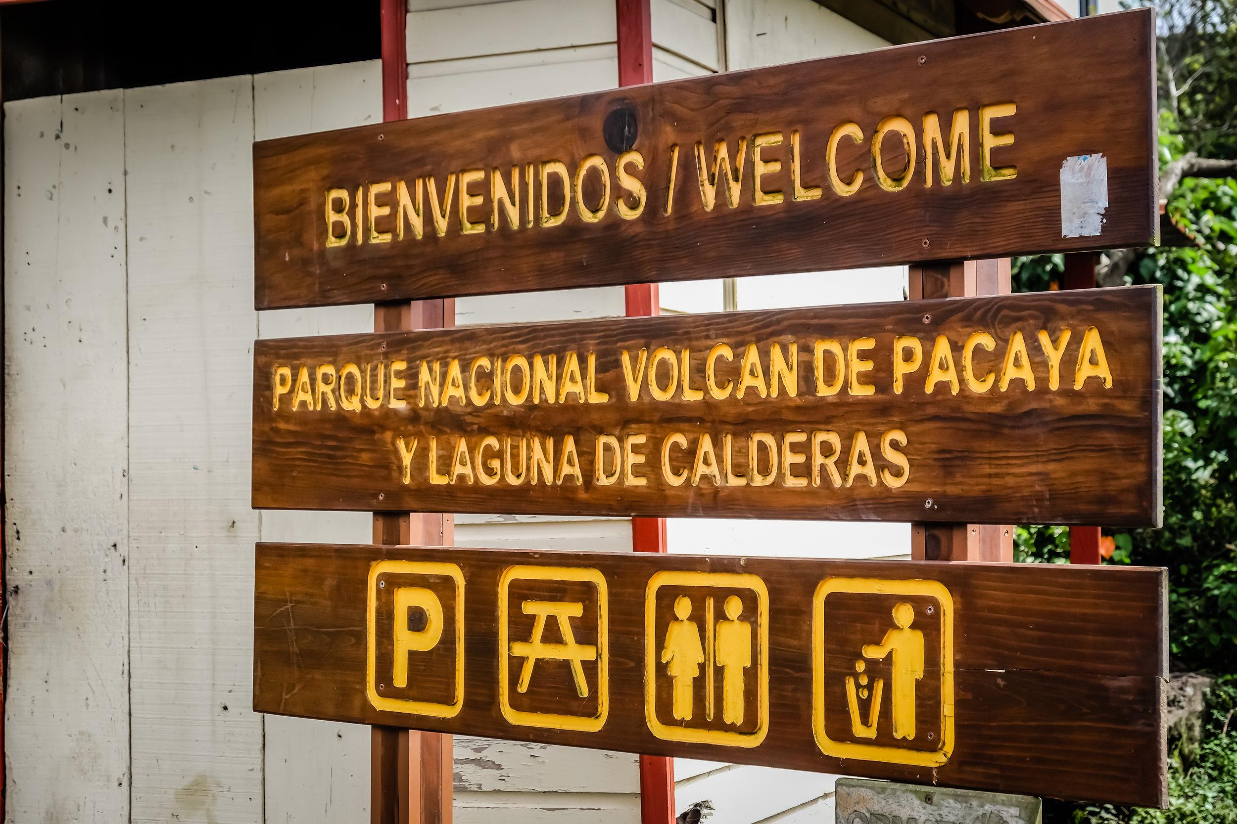 Bienvenidos, Parque National Volcán de Pacaya, Guatemala