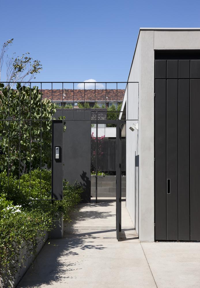 Toorak House Entry