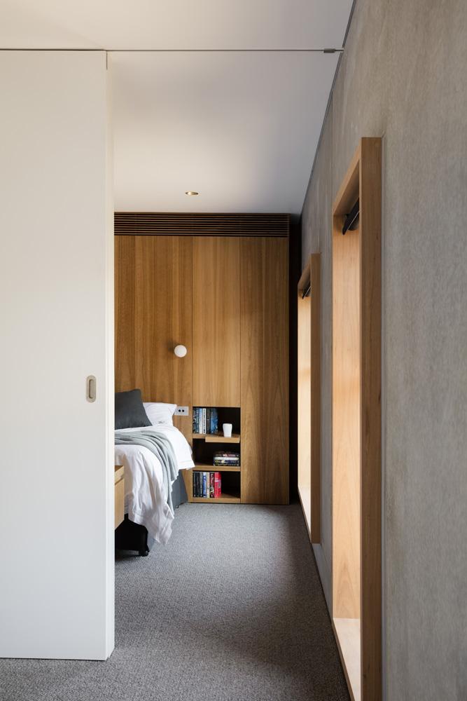 Sorrento Beach House. Bedroom