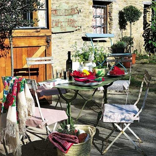 64_french-style-patio-house-to-home-uk_thumb.jpg.underspanishmoss.jpg