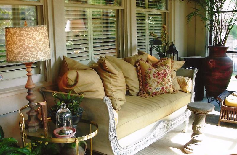 Burnett-screened-porch-2.jpeg