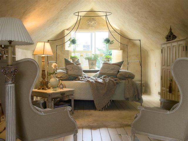 bedroom2.jpg.tresmckinney.jpg