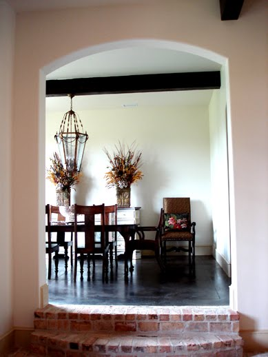 picture18.jpgdining room.jpg