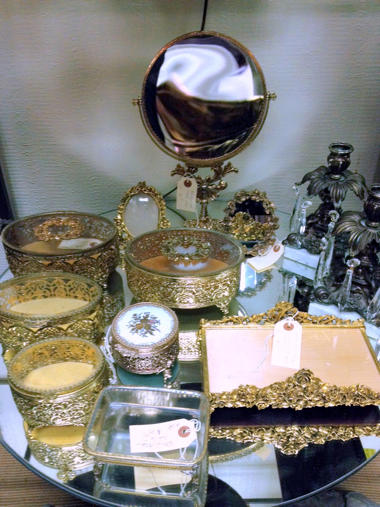 photo (2).JPGjewelryboxes.jpg