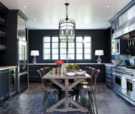 color-watch-dark-rooms-pitch-black-and-navy-blue-walls-are-back1.jpg