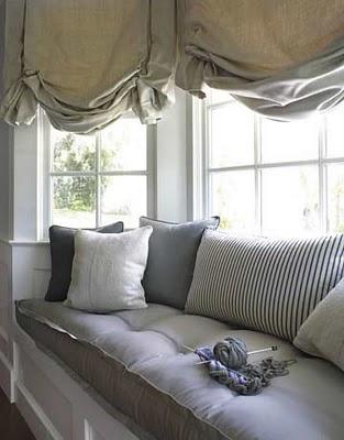 9-cozyisquiet-livingroom-1207-xlg.jpg