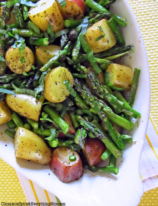 Roasted-New-Potatoes-and-Asparagus.jpg