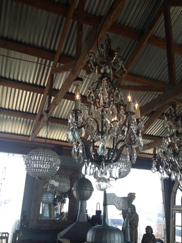 providence.design.crystal.chandelier.jpg