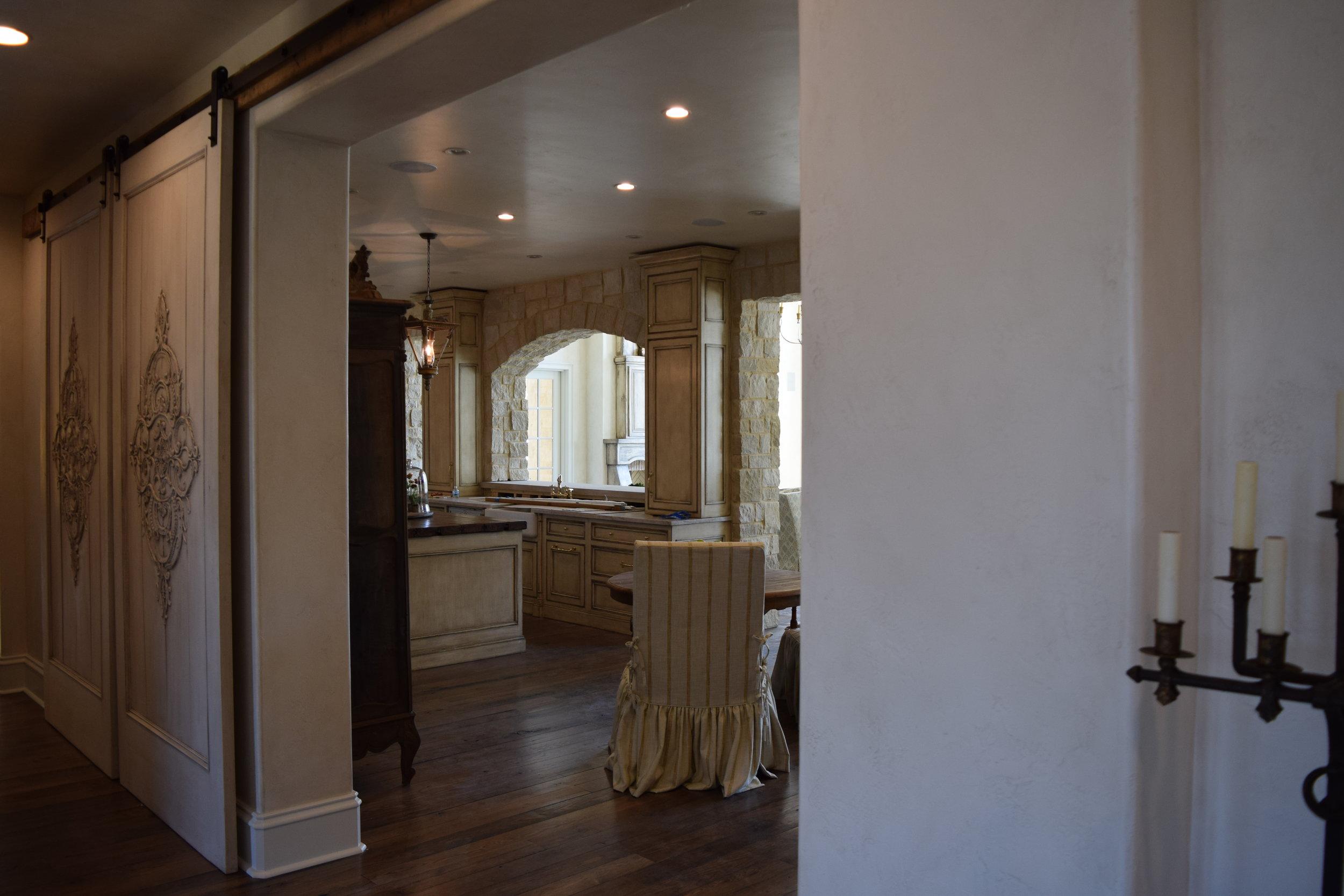Hallway looking into Kitchen
