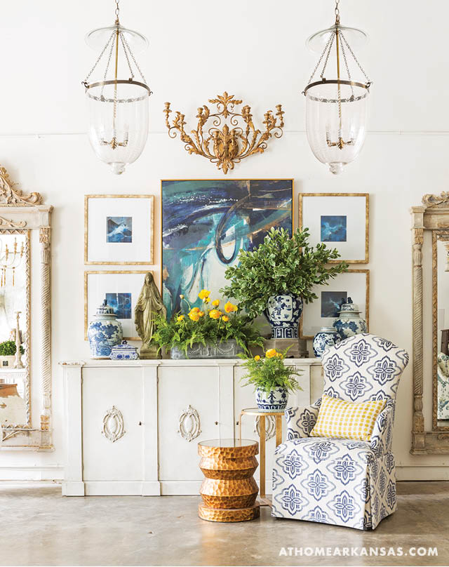 Image Via At Home in Arkansas - Providence Design Interiors