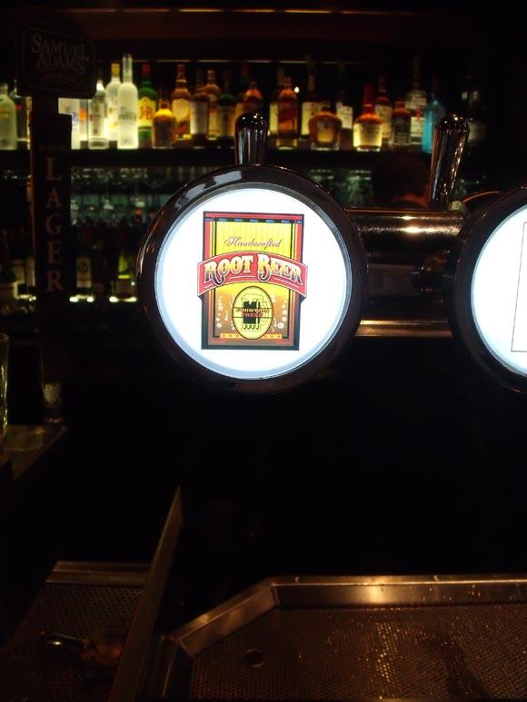 BJ's Brewery Root Beer580.jpg