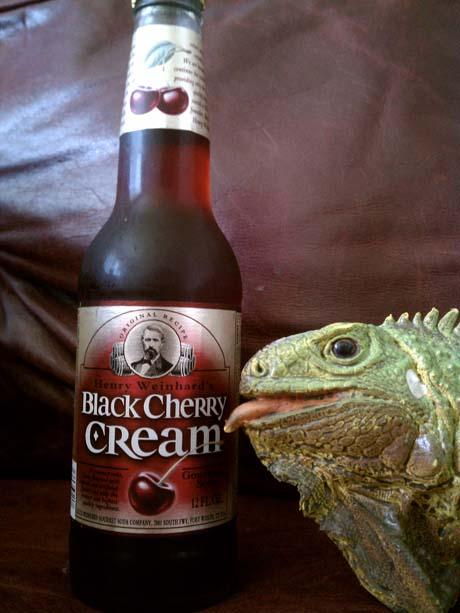 Henry Weinhards Black Cherry Cream460.jpg