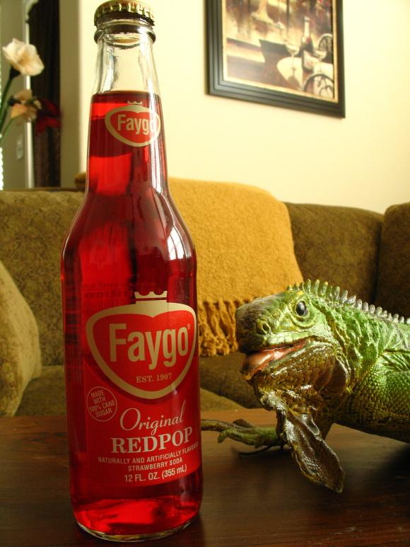 Faygo Redpop580.JPG