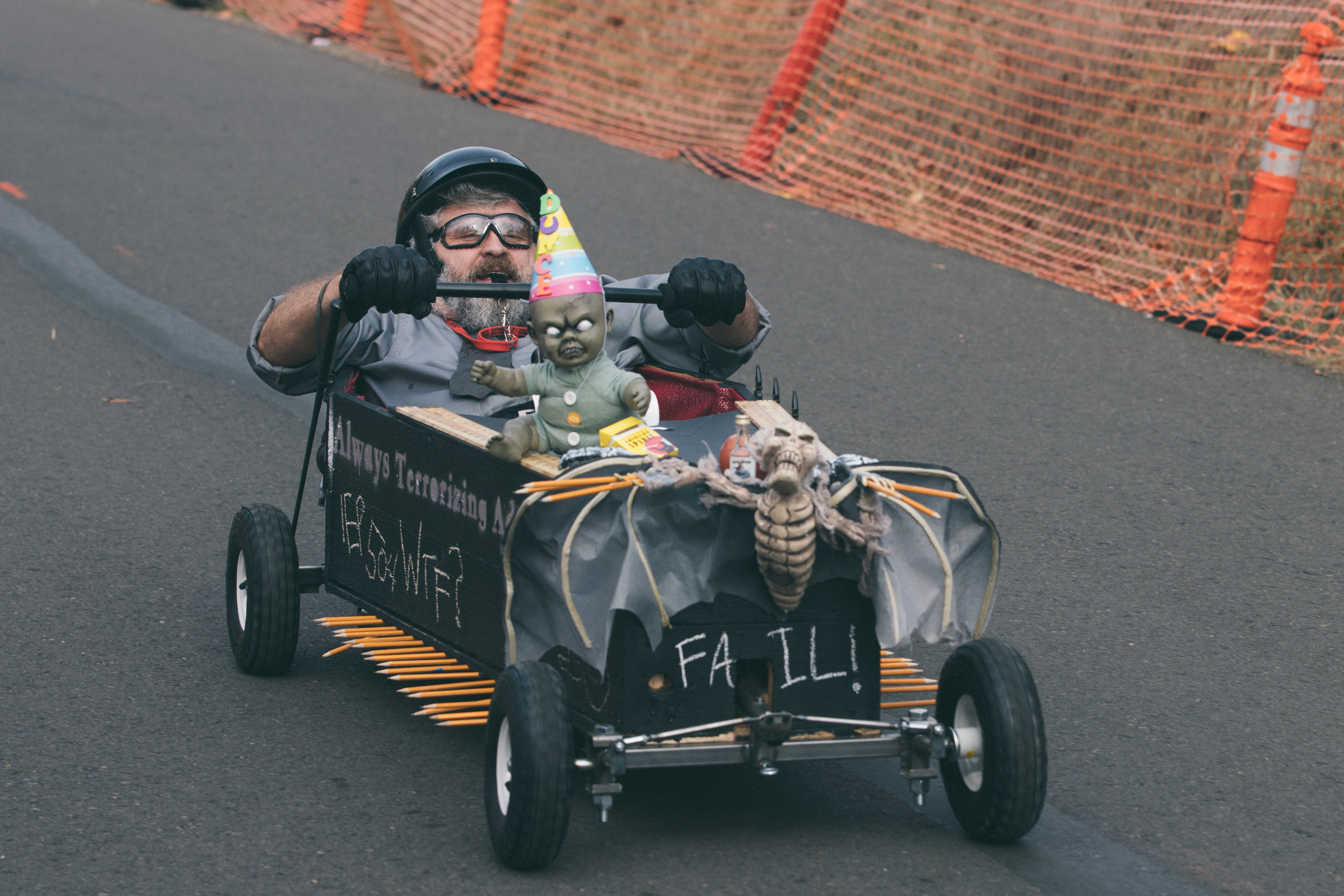Coffin Races - 181027 - 4011.jpg