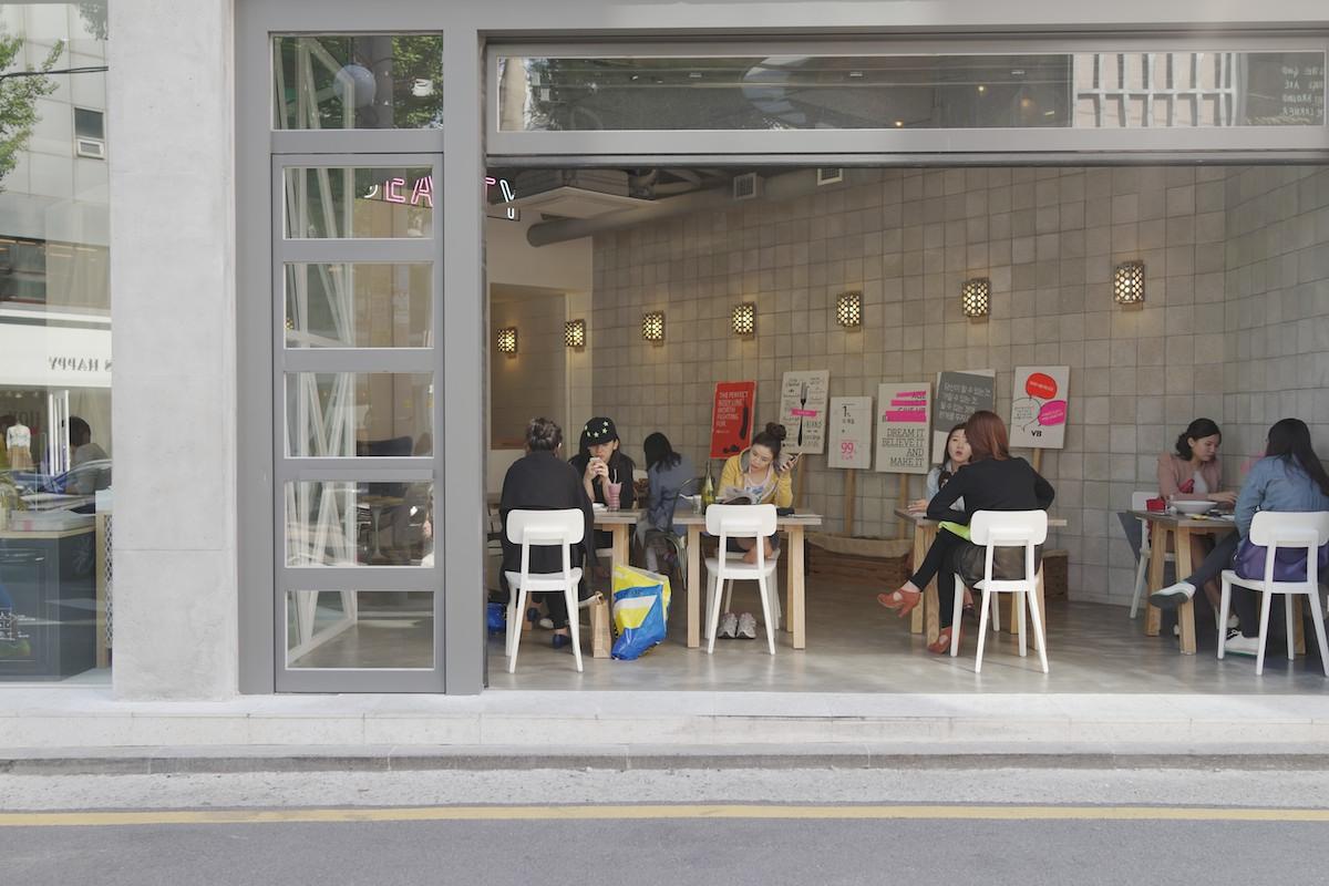 A cafe in Garosu-gil (가로수길).