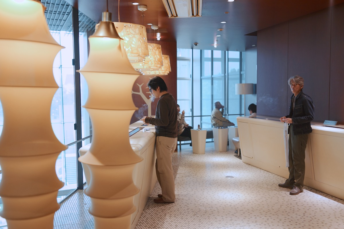 Tokyo has more smokers than any city I've visited. Smoking rooms in malls are exquisite in result.