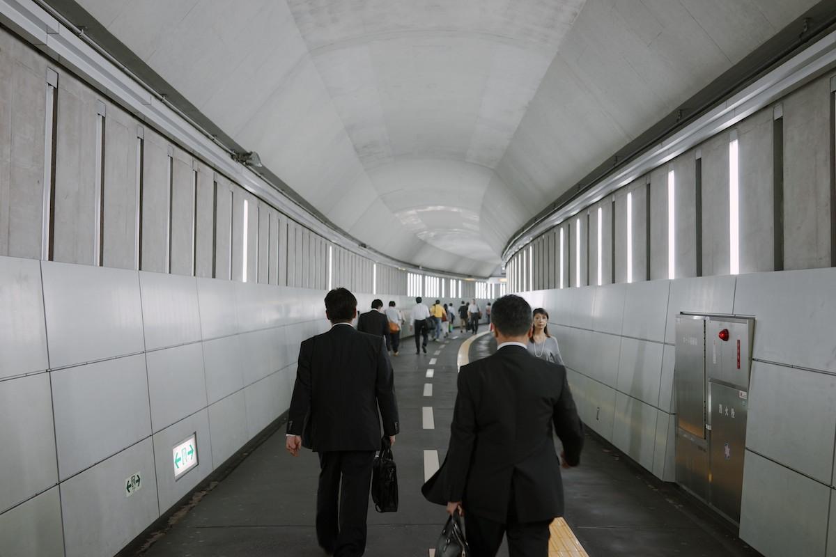 Passageway at Iidabashi station.