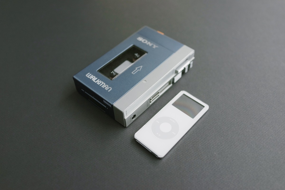 Sony Walkman TPS-L2 — Minimally Minimal